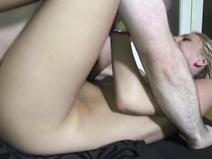 Групповой секс двух мужчин с двумя сексуальными русскими девчонками