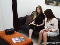 Две сиськастые религиозные девчонки занимаются лесбийским сексом