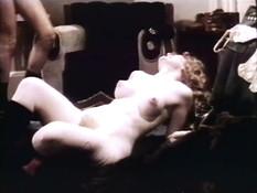 Любовник сделал куни и отодрал в пизду кудрявую сиськастую блондинку