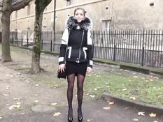 Длинноногая французская девчонка согласилась сняться в порно ролике
