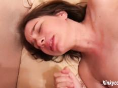 Сборник оргазмов и семяизвержений на молодую американскую блондинку