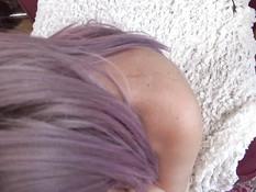 Пышногрудый транс с розовыми волосами выдрочил у мужчины всю сперму