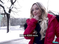 Чешский пикапер снял кудрявую французскую блондинку и отымел в киску