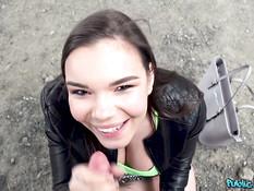 Пикапер уболтал на секс пышную чешскую девчонку с большими дойками