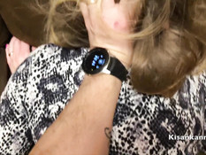 Парнишка отодрал раком грудастую русскую блондиночку и обкончал попу