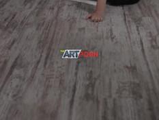 Молодой художник нарисовал и отымел двух обнажённых русских натурщиц