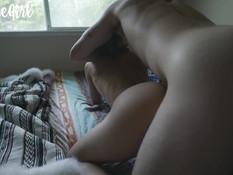 Очкастая блондинка с косичками оттрахана рачком и забрызгана спермой