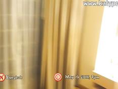 Турист снял толстую тайскую шлюшку и отодрал в киску в своём номере