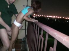 Рыжая азиатская девушка с тату всю ночь трахается с белым бойфрендом
