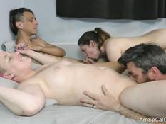 Сиськастая милфа и молодая шатенка занимаются свинг сексом с мужьями