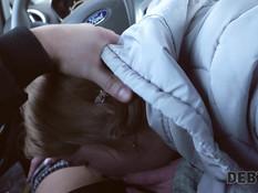 Коллектор оттрахал грудастую русскую блондинку в машине и в квартире