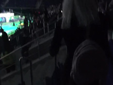 Во время турнира по онлайн игре русская блондинка отсасывает у парня