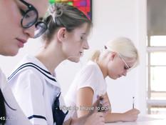 Милая русская студентка с большими дойками ебётся с молодым учителем