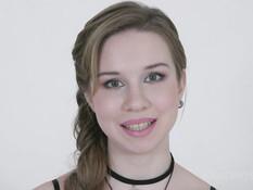 Лысый негритос отпердолил молодую русскую блондиночку в киску и анус