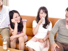 Двое парней отодрали и залили спермой двух красивых японских девушек