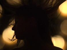 Обнажённая русская блондинка со стройной фигурой затрахала бойфренда