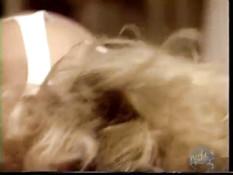 Блондинка с большими дойками бешено ебётся с усатым мужиком на полу