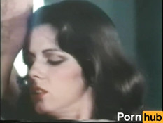 Усатый любовник отымел в волосатую пизду молодую пышногрудую брюнетку